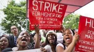 1377696831000-AP-Fast-Food-Strike