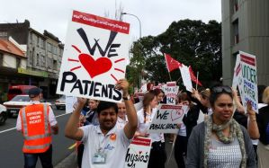 auckland-health-workers-strike